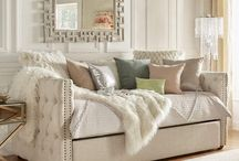 day bed/trundle/small space