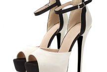Shoes / Acest panou este despre dragostea mea pentru pantofi ;)
