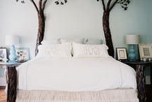 Unique Beds We Love / These are some unique beds that we love.