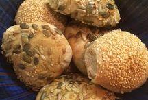 Bread / Ma Baker Bakes Bread