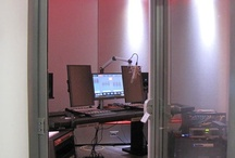 Modular Broadcast Studios / BOXY BM Level modular studios are ideal for broadcast, editing and post-production work.