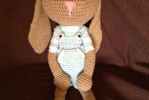 Conejito crochet  / Primer conejito echo a ganchillio ( amigurumi)