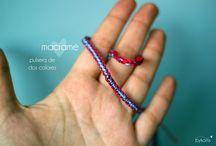 Pulsera de macramé 2 colores / Hecha con los colores que tú elijas!  Precio: 3€ Contacto: bykoms.accesorios@gmail.com