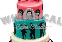 Custom Cakes / Custom Cake Designs