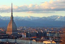 Turijn / Ben je al eens in Turijn geweest? Een stedentrip Turijn is echt de moeite waard, een ontzettend bijzondere stad in het noorden van Italië. Op dit board zie je heel veel tips en in deze CityGuide help ik je alvast op weg. http://mooistestedentrips.nl/stedentrip/turijn