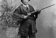Wild West Outlaws and Lawmen