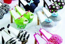 cakes / by Tracie Rankin