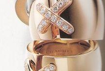 Chunky diamond rings