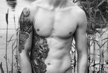 Sexy tatted MEN