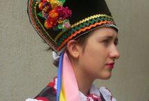 Polish folk costumes
