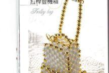 väskor - pärlor