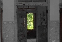 Abandoned: Hospitals, Asylums / by Candie Vaughan