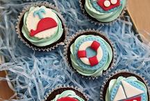My Pretty Petite Cupcakes & Cakes / by Dita Wistarini