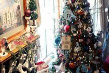 Christmas Decor / by Janet Namba