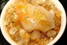 Citrine Crystal / Citrine is used to cleanse the chakras and bring back enthusiasm and creativity for life. It is THE crystal for abundance helping to attract prosperity on all levels of our being.