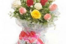Flowers Delivery in New Delhi Online with Free Shipping / Send flowers at ₹349 from a renowned online florist Zoganto from a large collection of fresh flowers in New Delhi with free online home delivery