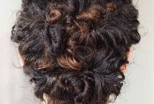 Drdoly z vlnitých vlasov