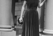 1940's & 1950's Fashion / An era when women dressed beautifully, so elegant and pretty.