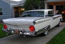 50's American cars / An age of fins, chrome, whitebands and bright colours.