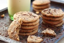 Food - Cookies : Mixed / by Randee Smith