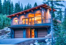 Mountain Chalet / Located in a beautiful ski resort in Whitefish, MT, this ski chalet highlights some of our mountain/contemporary designs.
