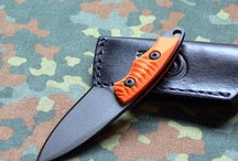 Fixed blade knives - to take for custom order. / Large beater in 3v and hunting slicer in K390.  Elmax medium camp knife? Love the steel! Maybe 61-62RC better corrosion resistance than 3v, then get Chris reeves 3V!