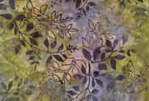 Artisan Batiks - Leaves / ARTISAN BATIKS designed by Debra Lunn & Michael Mrowka for Robert Kaufman Co. So many beautiful leaves in so many beautiful colors - some are no longer available, but are soon to be replaced by other beauties.