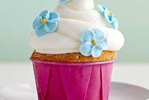 Cupcakes / by Kagney Paden