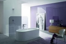0. Baden / Het bad is de blikvanger in de badkamer.