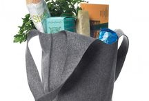 bags, totes and pouches / by Tzipi