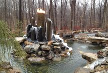 Unique Water Feature / Unique water feature with a Stonehenge look
