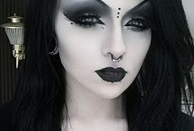 Goth/emo/punk/grundge make-up
