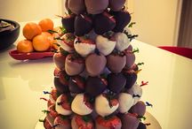 Strawberries with chocolate - Christmas tree shape