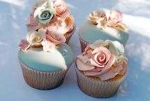 Cupcakes / Delicious and creative. / by Nicole Matos