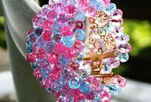 The bracelets for the summer