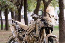 Moto adventure / Jee...