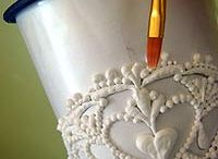 Decorating Tutorials (FOOD) / by Sherri B