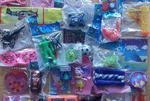 Petits cadeaux pour invités anniversaire / Notre offre de petits cadeaux à offrir aux enfants pour les surprises anniversaires
