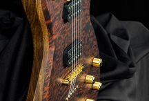 Beautiful guitars & basses / Beautiful guitars ... Love it !  Beautiful basses ... Love it too :)