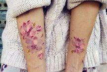 Татуировки акварельных цветов