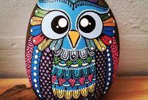 Owls-painted rocks