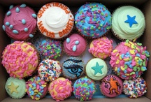 Cupcakes & Arty Party Treats / by Mary Simmons