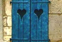 I LOVE DOORS AND WINDOWS
