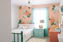 I Believe in Pink / Decorating a little girl's room with (just) enough pink