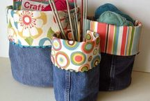 Upcycle Old Jeans Sewing Projects / Discover sewing projects using old jeans and denim. Before throwing out or donating your jeans... check out these DIY upcycle projects!