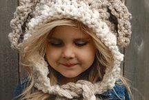 Детские вязанные шапочки