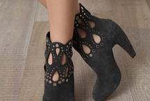 My shoe obsession / by Cathe McRae