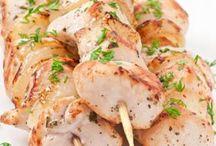 brochettes de viandes / poulets