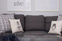 Poduszki dekoracyjne z haftem od Mymiloo / Poduszki dekoracyjne do domu z wysokiej jakości haftem - Również z Twoim wzorem lub napisem - na prezent dla dzieci, znajomych lub rodziny.