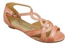 Sandals / Sandals : Follow Me!